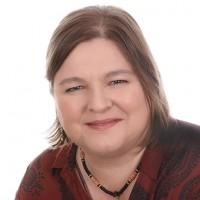 Lucy Chamberlin Female Psychotherapist